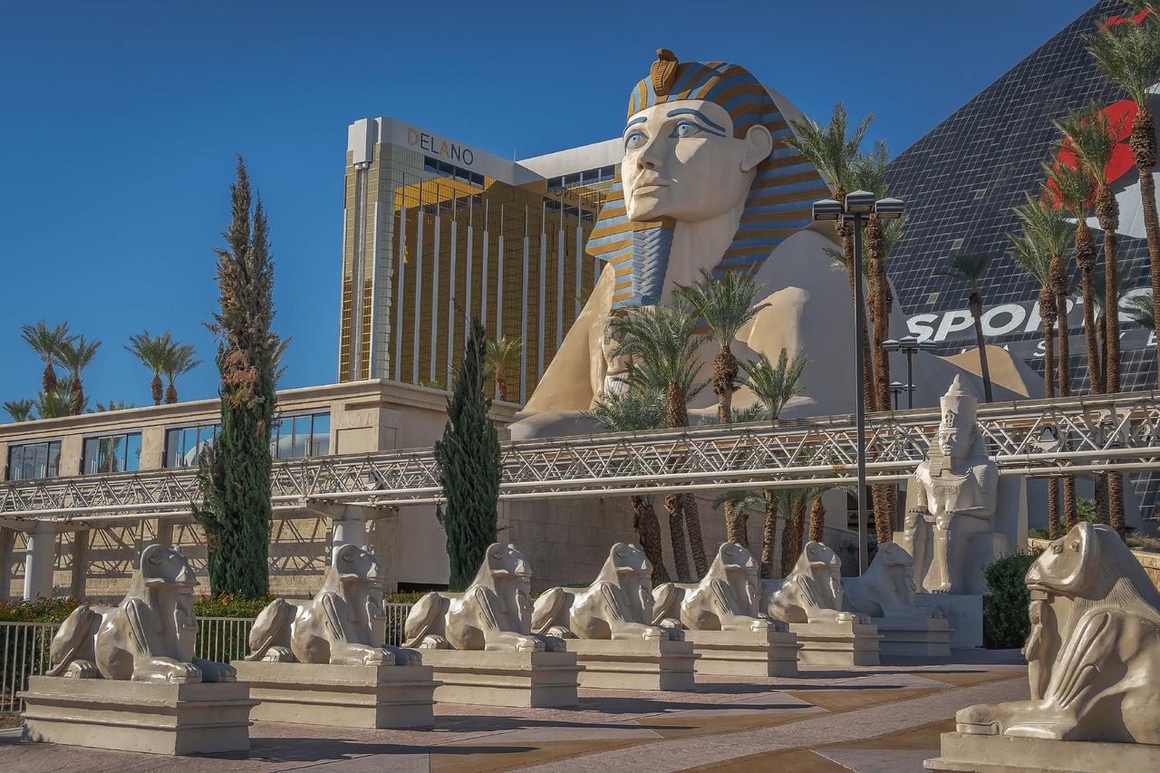 Bracken-geotagged-united-states-usa-Ancient-Egypt-Theme